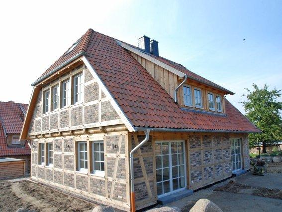 house search fuhrberger fachwerkhaus. Black Bedroom Furniture Sets. Home Design Ideas