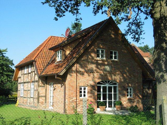 fachwerk restoration fuhrberger fachwerkhaus. Black Bedroom Furniture Sets. Home Design Ideas